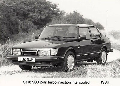 Saab 900 2-Dr Turbo Injection Intercooled 1986 Period Photograph.