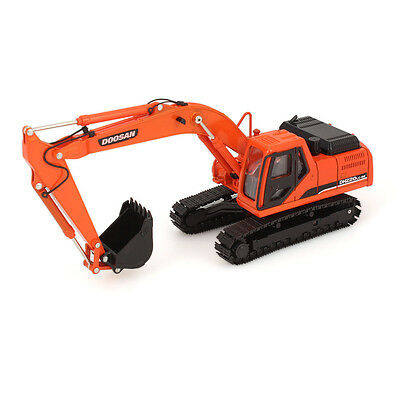 Crawler DOOSAN Diecast 1/40 Construction Excavator DX140w Wheeled Model DH220