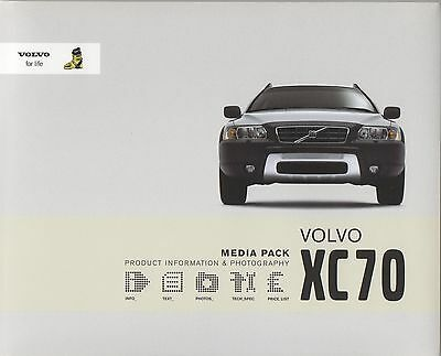 Volvo XC70 Press Media Pack - Interactive CD - 2005