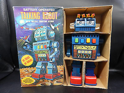 """Kingsway vintage TALKING ROBOT toy 11"""" plastic battery operated w/ original BOX"""