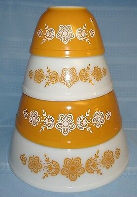 Pyrex 4 Piece Gold Butterfly Crazy Daisy Nesting Mixing Bowl Set 401 402 403 404