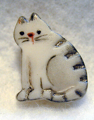 """Handcrafted Porcelain Button Realistic Gray Tabby Cat 5/8"""" FREE US SHIPPING"""