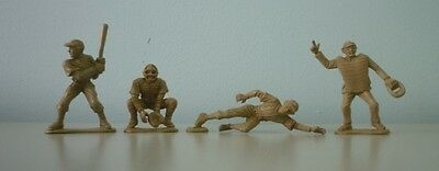 1958 Kellogg's Frosted Flakes Lot of 7 Brown Premium Plastic Baseball Figures