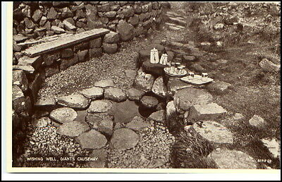 Nordirland Giant´s Causeway ~1930 Wishing Well Postcard