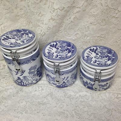 Vintage, Beautiful, Heritage Mint,  6-pc Blue Willow Air Tight Canister Set