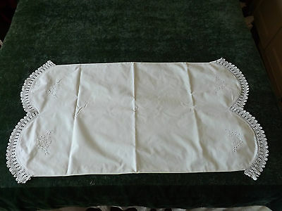 A SUPERB VINTAGE PILLOW CASE with CROCHET LACE & WHITE WORK EMBROIDERY