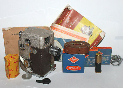 Vintage Revere 8 Model B-61 Movie Camera & Case & Tons of Extra's