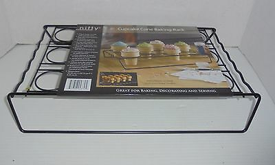 Nifty Ice Cream Cone Cupcake Baking Rack Holder Stand 12 Cone Cupcakes