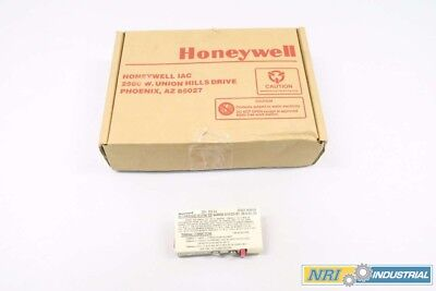 New Honeywell 38545-0000-0110-111-C5D5 30747225-001 Zener Barrier 28V-Ac D541389