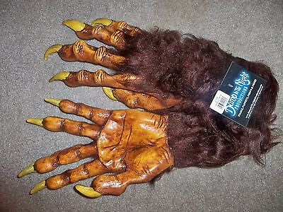 Adult Werewolf Monster Deluxe Hands Long Scary Fingernails Gloves Costume Ta412