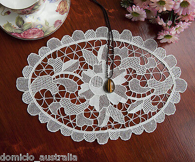 Exquisite Hand Made Venice Venetian Lace Doily Placemat Oval 23x34CM Off White