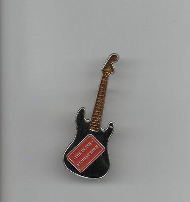 The CLASH COMBAT ROCK METAL GUITAR SHAPE LAPEL PIN * EXCELLENT & COLORFUL