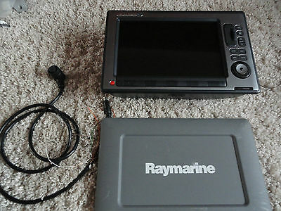Raymarine E120w top spec multi function display