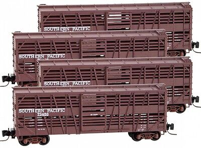Micro-Trains MTL Z-Scale 40ft Stock Cars Southern Pacific/SP - Runner 4-Pack