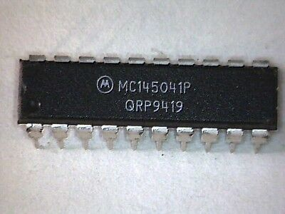 MC145041P 8-Bit A/D Converters With Serial Interface DIP20