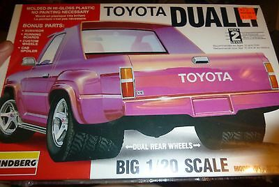 LINDBERG TOYOTA DUALLY PICKUP TRUCK 1/20 Model Car Mountain FS
