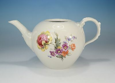 "KPM ""New smooth Decor 36"" Tea pot without cover 1 L First Quality"