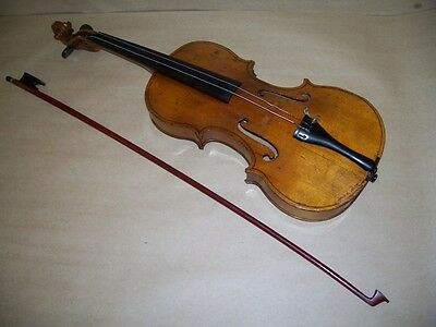 Unmarked Antique Violin Blond Wood with Black Wood Hard Case by G.S.B 2 Marks NR