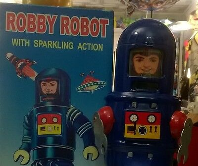 ROBY ROBOT MS 427 mécanique futur toys space ship astronaute ROBBY