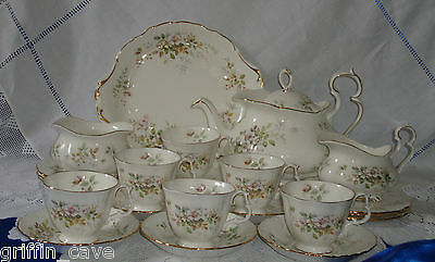 Equisite Royal Albert HAWORTH Tea Set With Teapot Unused