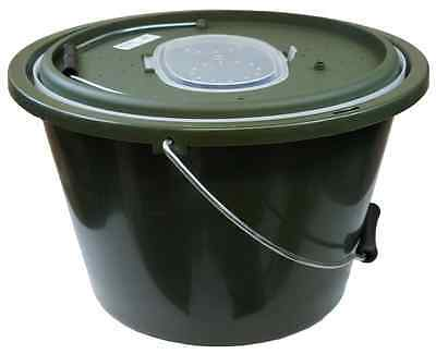 WB Clarke Live Bait Bucket/Container & Aerator