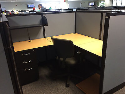 Used Office Cubicles, AIS Office Furniture 5.5x5