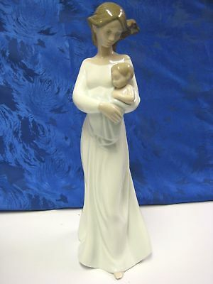 My Dearest Mother Child Boy Nao By Lladro  #1674