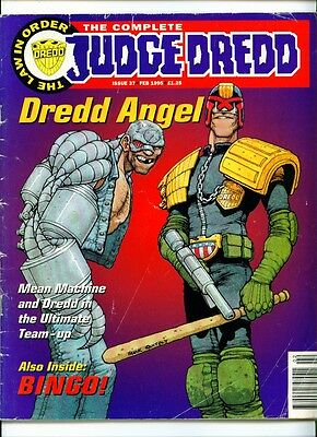•.•  COMPLETE JUDGE DREDD • Issue 37 • Fleetway