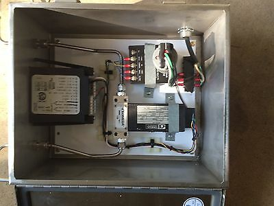 Omega Mass Flow Controller With Stainless Box And Display Fma-216