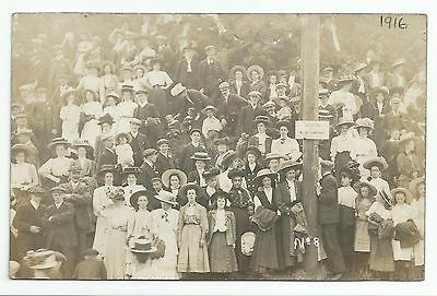 POSTCARD-SCOTLAND-SELKIRK-RP. Crowd at The 1909 Common Riding.