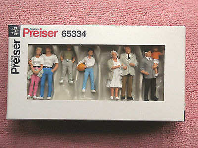 Preiser 65334: O-Scale - Spectators - Eight Figures - Excellent - Boxed