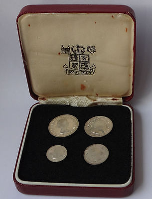 Maundy coin cased set 1979 QEII - 4 x genuine silver COINS - aUNC condition -901