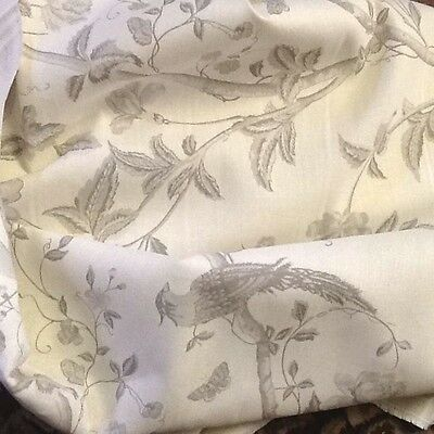 5.1/2 MTRS Laura Ashley Curtain / Blinds fabric 137cm wide Roll end
