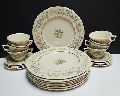 """LENOX china SPRING BOUQUET pattern Dinner Plate @ 10-7/8"""""""
