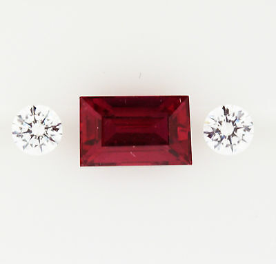 0.76ct!! NATURAL RUBY EXPERTLY FACETED IN GERMANY +CERTIFICATE AVAILABLE