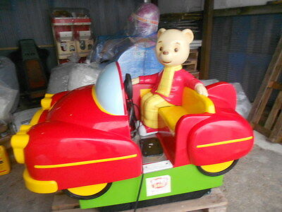 Rupert The Bear Kiddie Ride Working, Kids Ride