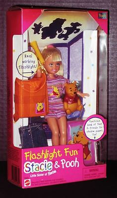 Flashlight Fun Stacie and Pooh (Little Sister of Barbie) (New)