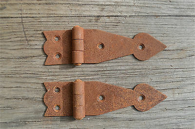 A pair of antique style rusty iron hinges box hinge trunk chest door NJ1