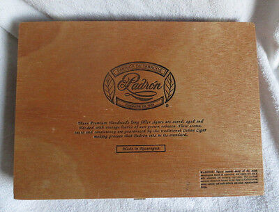 PADRON No. 4 MADURO  QUALITY WOOD CIGAR BOX  - NICE!