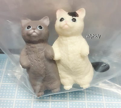 Miniatures Of captivating scrounge cat Set #5 , 1 pc only   - Re-ment