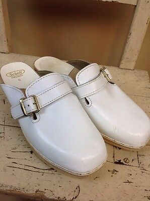 A Pair Of Vintage White Scholl Clogs UK Size 6 VGC Buckle Detail 2 Inch Heel