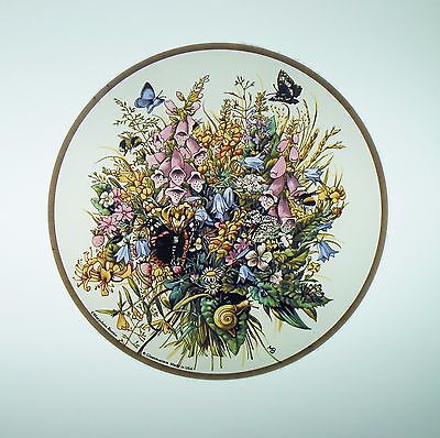 """Glassmasters: Marjolein Bastin's """"Butterflies and Flowers""""  6.5 inches in"""