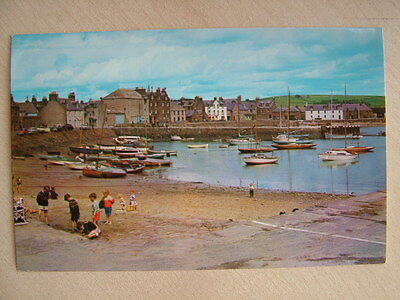 Postcard. THE HARBOUR, STONEHAVEN. Unused. Standard size.