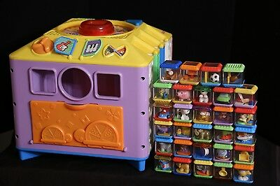 Fisher-Price Peek A Blocks BIG INCREDIBLOCK Activity Center Cube  w/ 29 Blocks