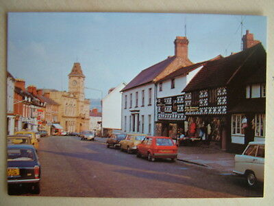 Postcard - HIGH STREET, WELSHPOOL, POWYS.  Unused.
