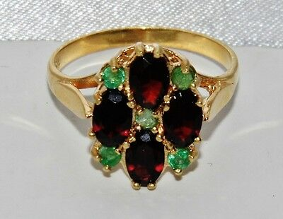 VICTORIAN 9 CT YELLOW GOLD ON SILVER EMERALD & GARNET CLUSTER RING - size O