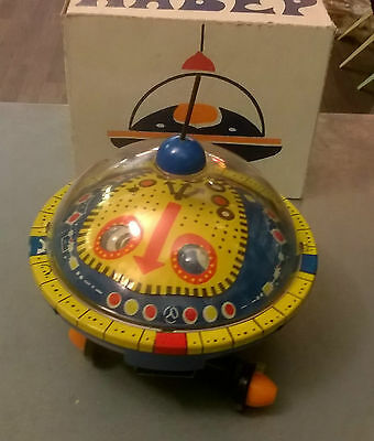 ROBOT Flying Saucer fusée Russe space ship Welby Made in Russia futur toys OVNI