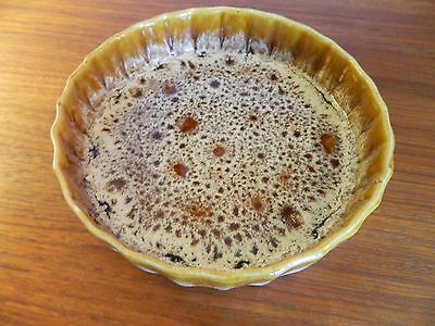 """Fosters Pottery Honeycomb 7.5"""" Flan Dish"""