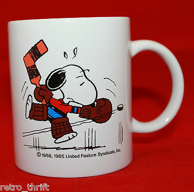 Snoopy's 21st Senior World Hockey Tournament  Coffee Tea Mug Cup 1995 Syndicate