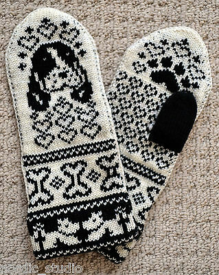 Hand Crafted 100% wool Mittens size M / L, folk art, Spaniel dog puppy Fair Isle